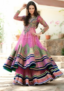 Traditional Look Giving Pink Color Lehenga Choli
