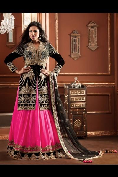 Charming Look Giving Lehenga Choli In Pink & Black 1